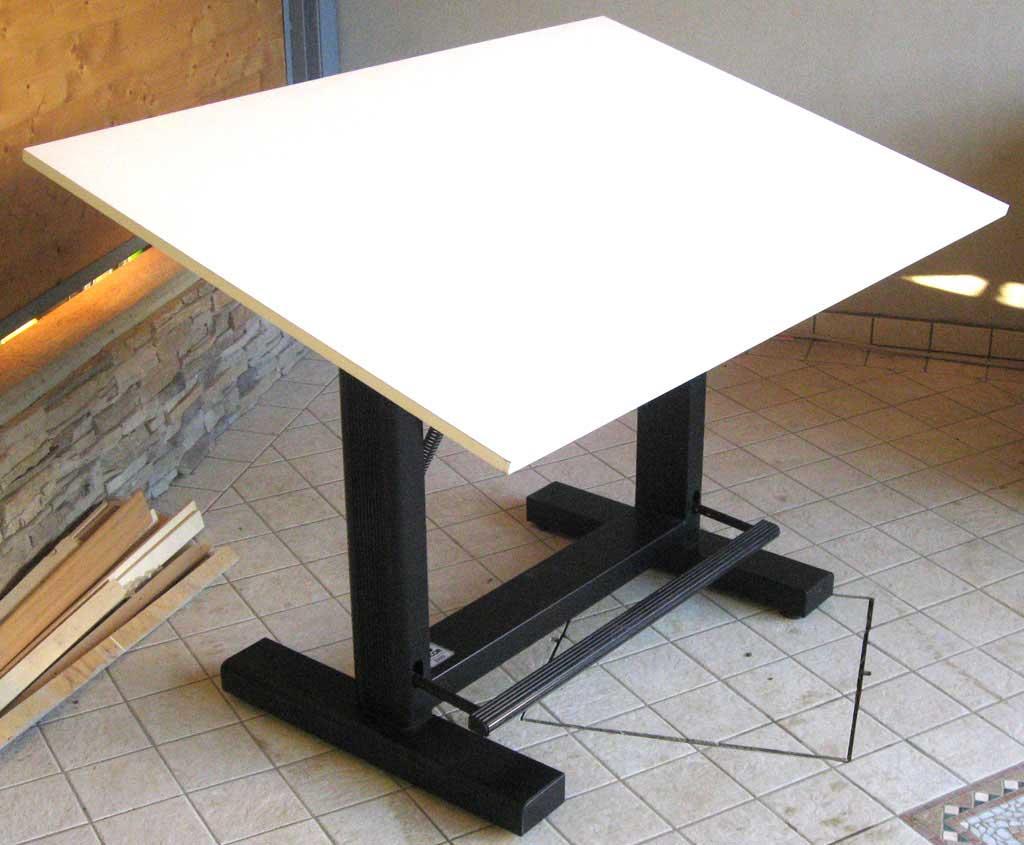 Tavolo da disegno professionale zucor id 139321 for Tavolo usato