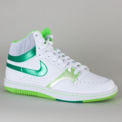 stock scarpe nike