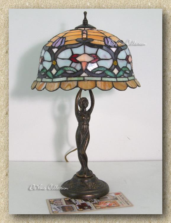 Lampade Tiffany Immagini: Lampade tiffany vintage ed eleganti in ogni ambiente. Lampada ...