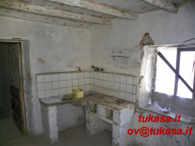 Pisoniano roma casa centro paese id 161023 for Compro casa roma centro