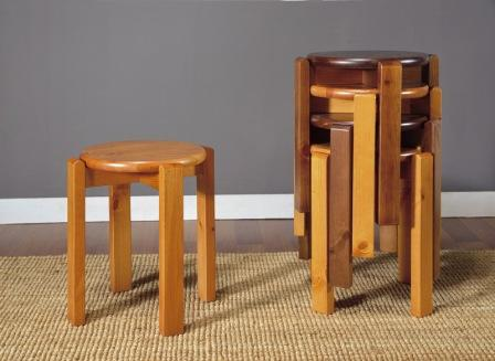 Sgabelli impilabili in legno id 167524 dbannunci.it