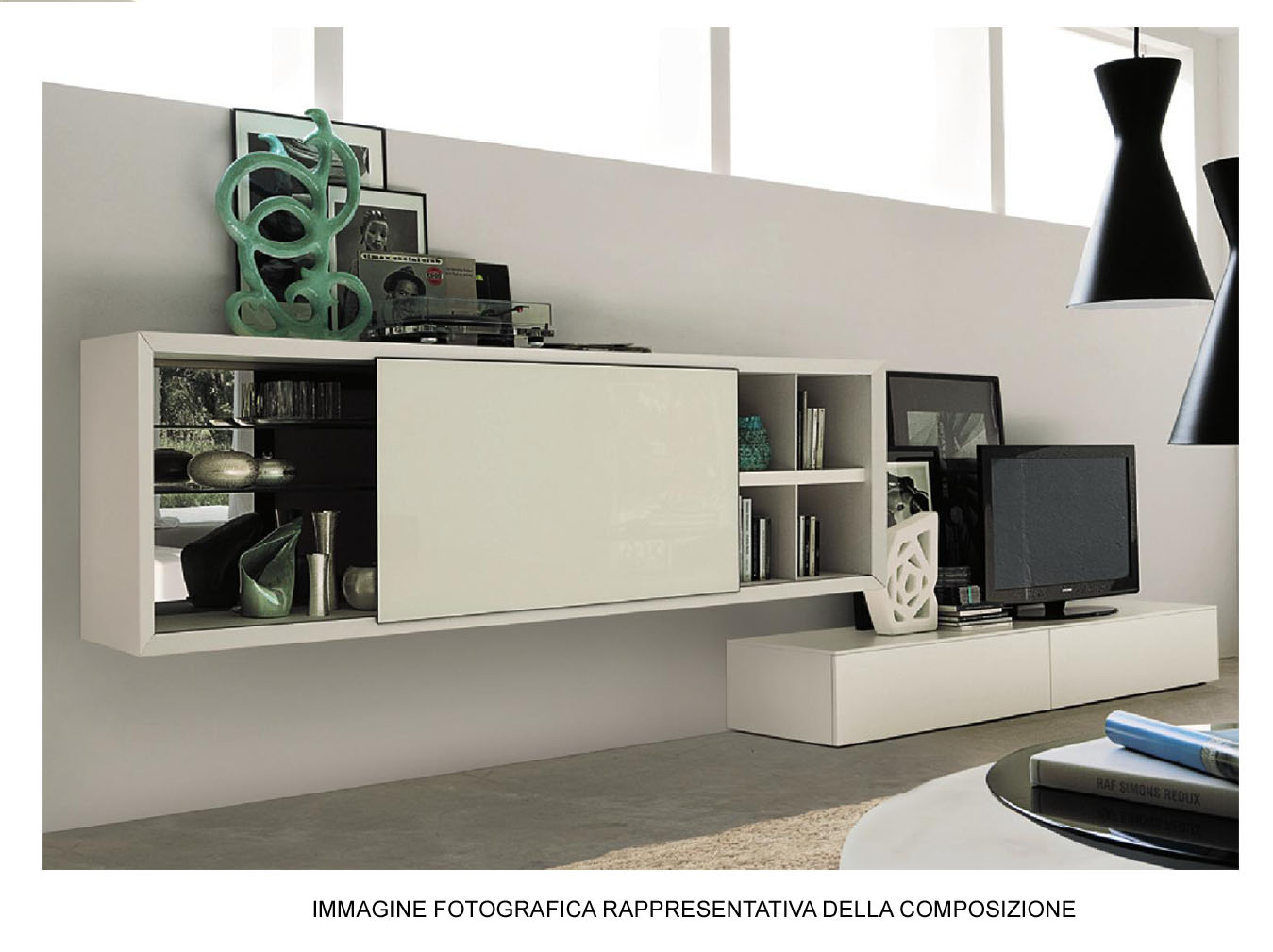 Composizione soggiorno laccato bianco e id 175910 for Composizione soggiorno