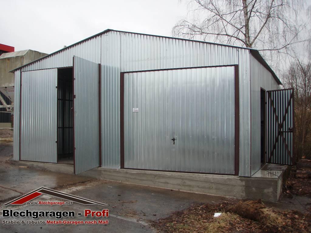 Garage box per due auto 6x6 m id 190402 for Due box auto indipendenti