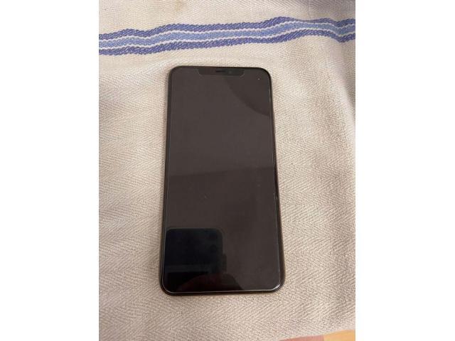 iPhone 11 pro Max Gold color con 256 GB - 3/9