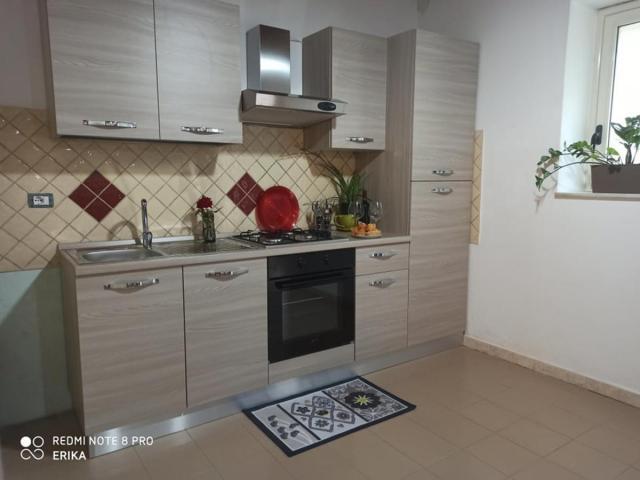 Appartamento indipendente 100 mq zona centralissima di Bosa - 2/10