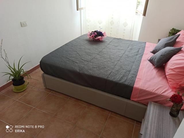 Appartamento indipendente 100 mq zona centralissima di Bosa - 7/10