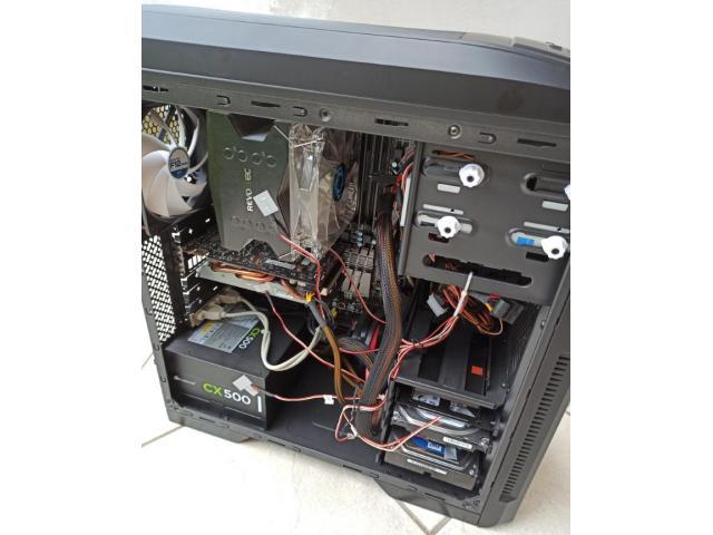 Computer desktop assemblato - 6/6