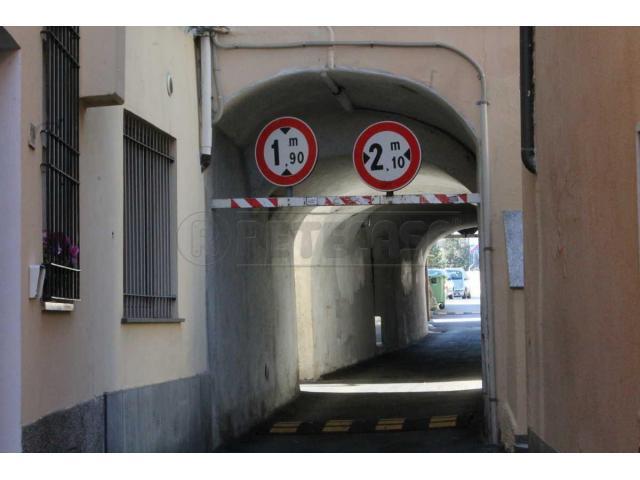 LOANO ZONA PISCINE VENDESI MONOLOCALE - 1/10