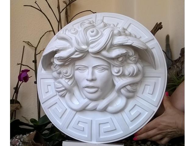 Dalla mitologia classica la Medusa scultura diametro 45 cm - 2/10