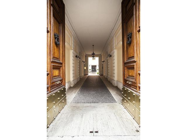 Eleganti Uffici & Sale Riunioni nel cuore di Roma - 3/6